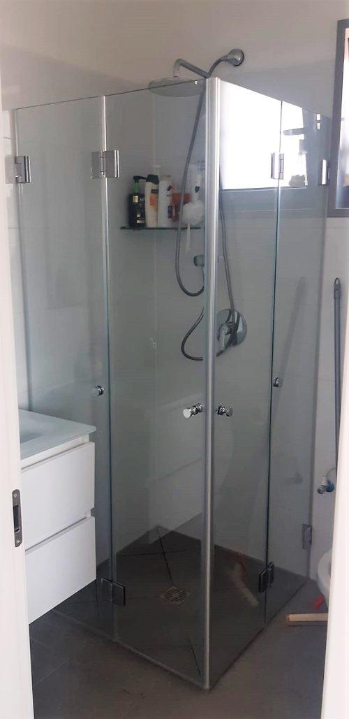 מקלחון לפי מידה הרמוניקה מתקפל עם צירים